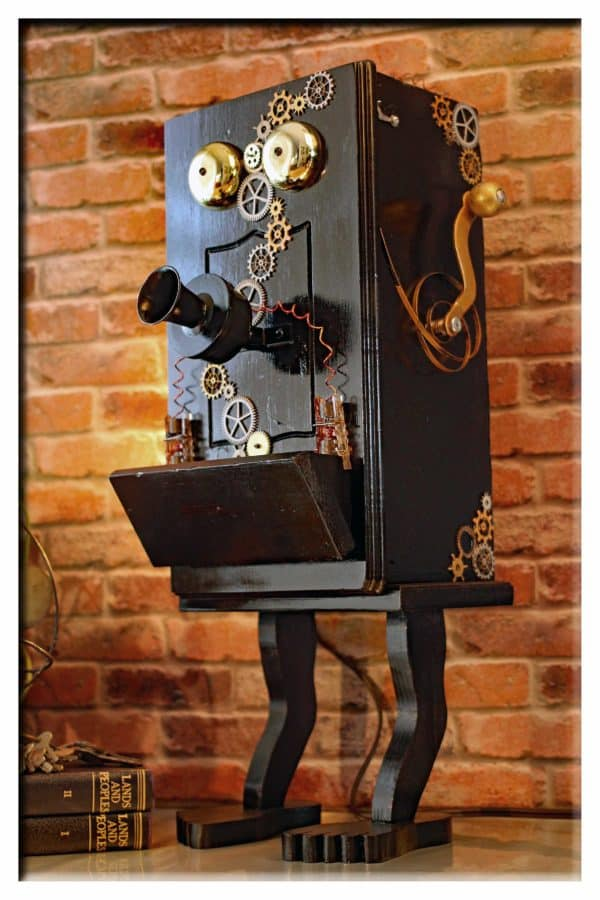 recyclart.org-steampunk-gears-whimsical-wood-black-telephone-upcycled-2-port-usb-charger-lamp5