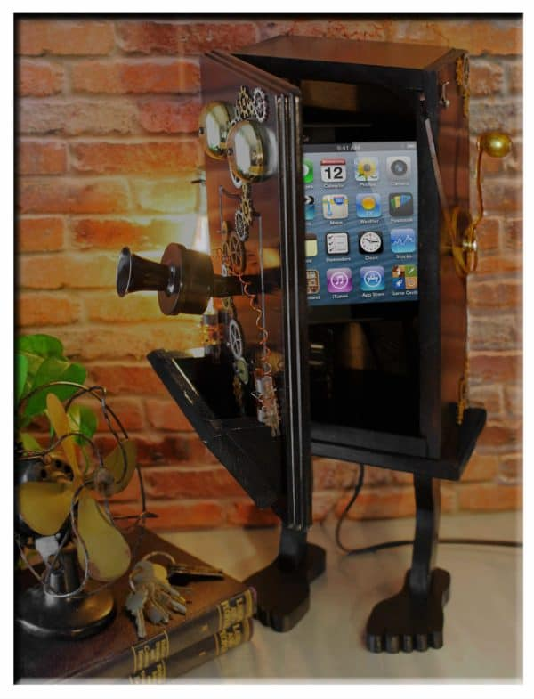 recyclart.org-steampunk-gears-whimsical-wood-black-telephone-upcycled-2-port-usb-charger-lamp3