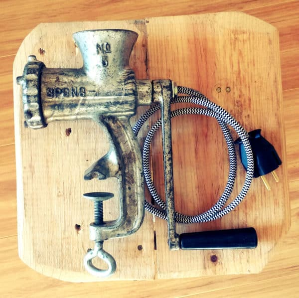 recyclart.org-upcycled-meatmincer-lamps3