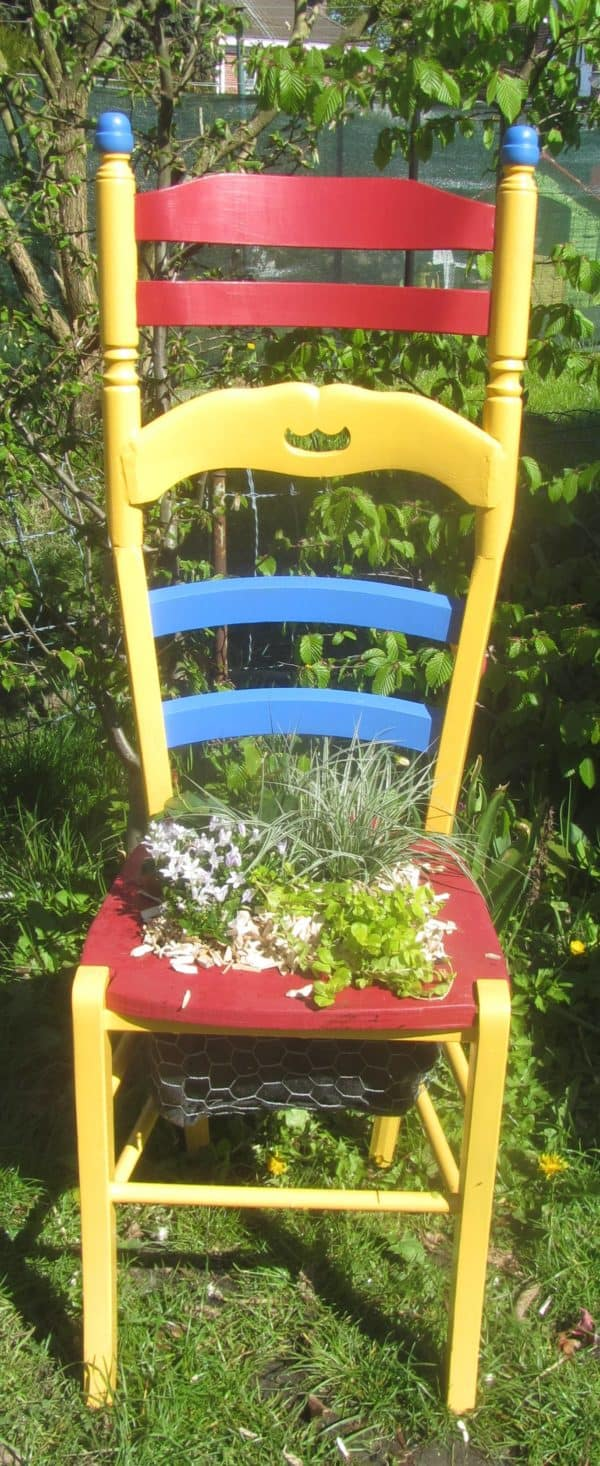 recyclart.org-chaise-vegetalisee