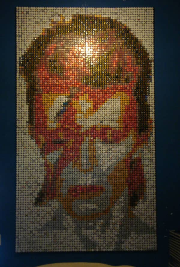 recyclart.org-david-bowie-bottle-cap-mosaic
