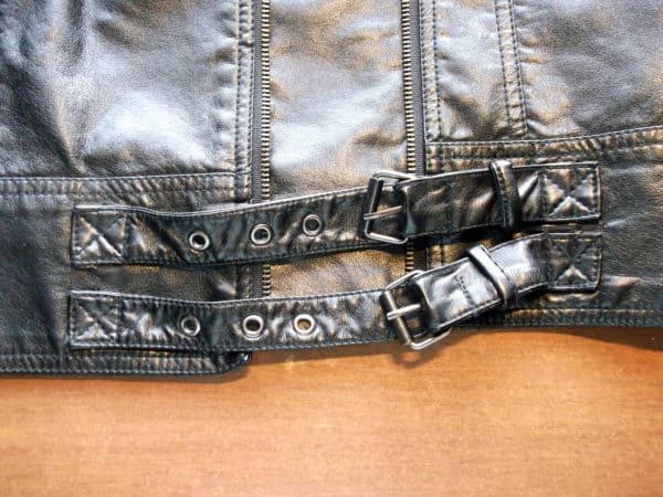 recyclart.org-old-faux-leather-jacket-into-bracelets3