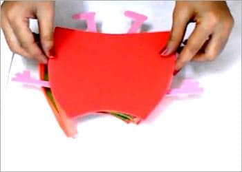 recyclart.org-recycled-kids-craft-diy-peppa-pig-pencil-pouch6