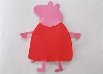 recyclart.org-recycled-kids-craft-diy-peppa-pig-pencil-pouch7