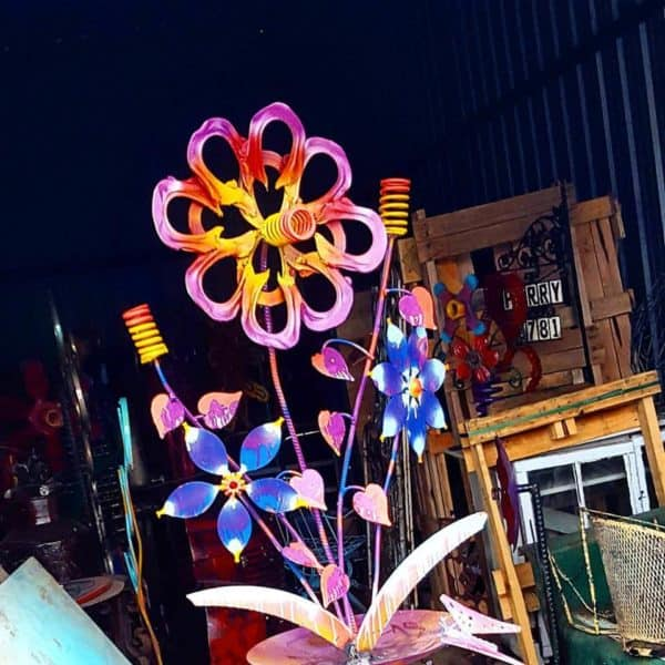 recyclart.org-upcycled-whimsical-garden-art-sculpture