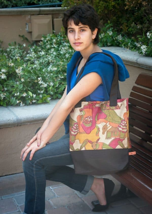 recyclart.org-upcyled-vintage-sari-and-kimonos-transformed-into-beautiful-bags-at-stacy-ellis-design4