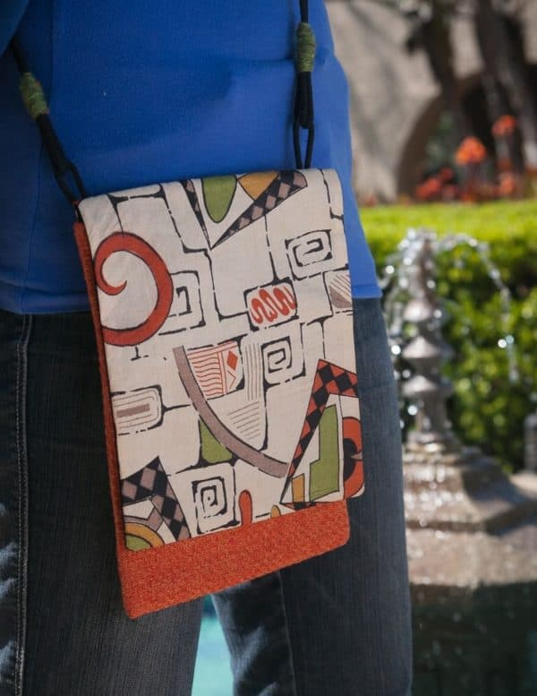 recyclart.org-upcyled-vintage-sari-and-kimonos-transformed-into-beautiful-bags-at-stacy-ellis-design3