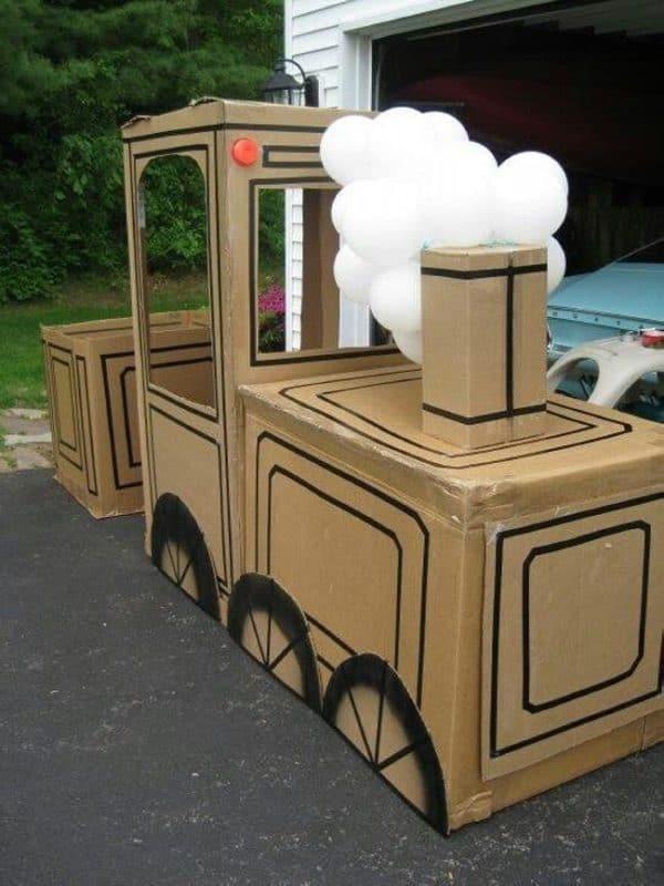 Cardboard-train