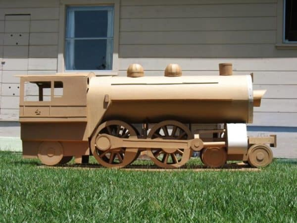 Cardboard-Recycled-Train