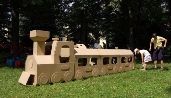 Cardboard-Train-Ideas