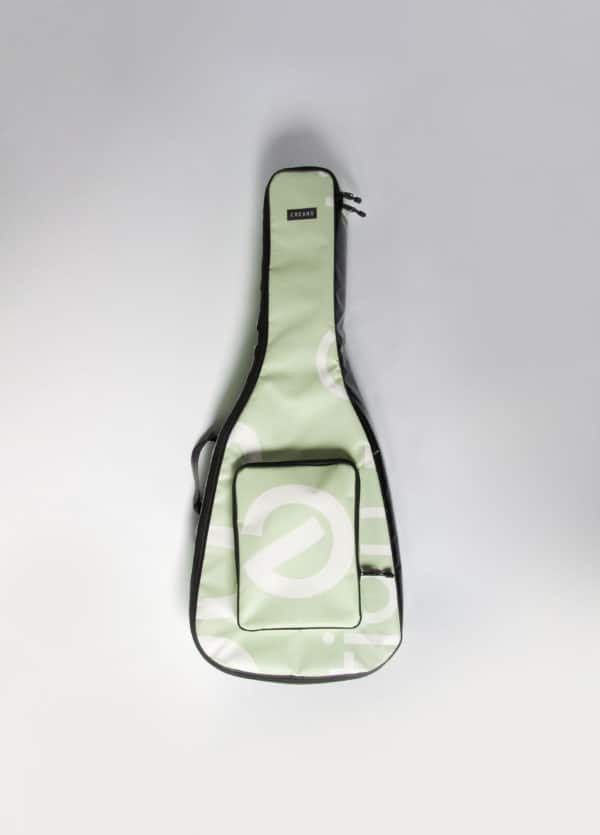recyclart.org-eco-bags-for-electric-guitars1