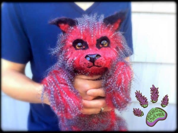 recyclart.org-fantasy-wolf-pup-made-from-recycled-clothing
