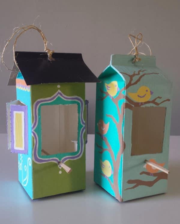 recyclart.org-milk-carton-and-juice-carton-bird-feeder