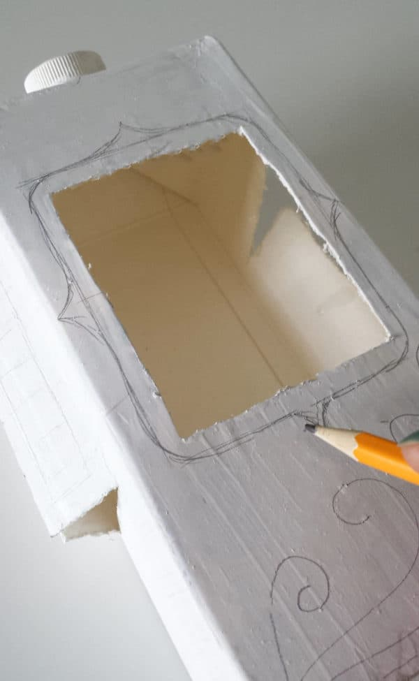 recyclart.org-milk-carton-and-juice-carton-bird-feeder6