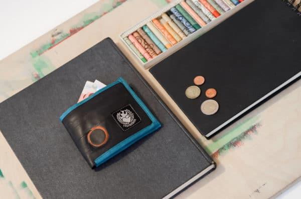 wallet-blue2