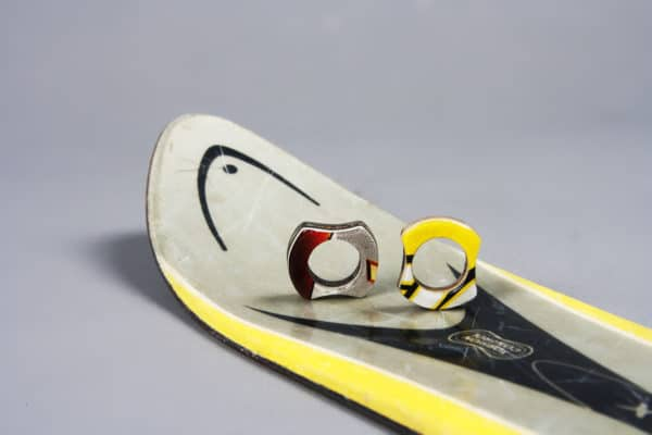 recyclart.org-rings-made-out-of-skis2