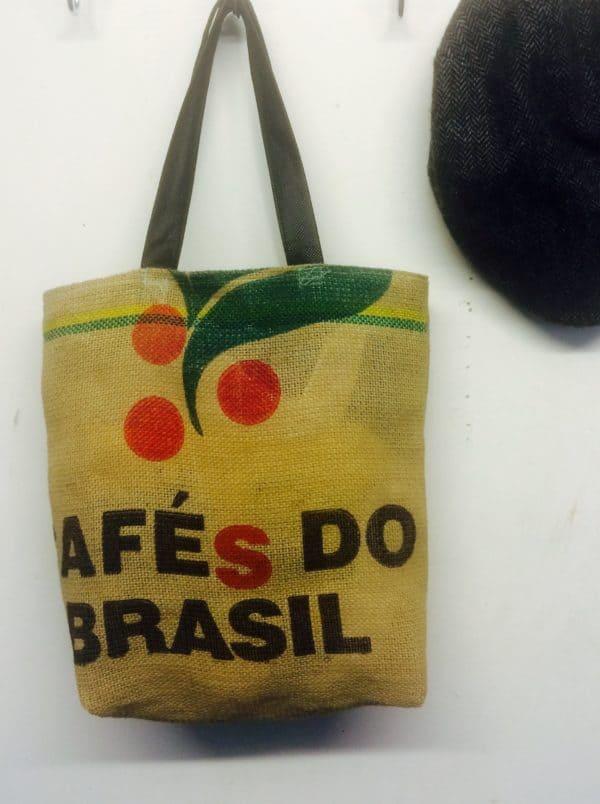 recyclart.org-coffee-bean-sack-bag1