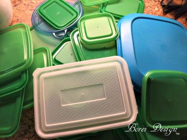 recyclart.org-freebie-diy-recycled-food-storage-lid-organizer1