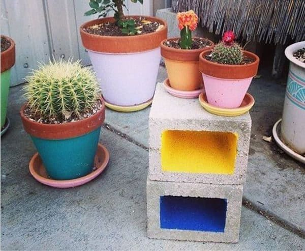recyclart-org-10-fabulous-ideas-for-your-home-decor-made-from-concrete-blocks-04