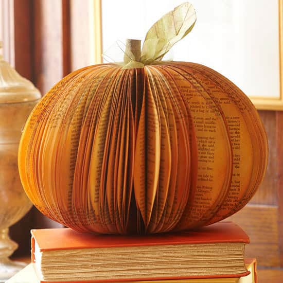 recyclart-org-5-great-upcycled-pumpkin-ideas-for-this-halloween-03