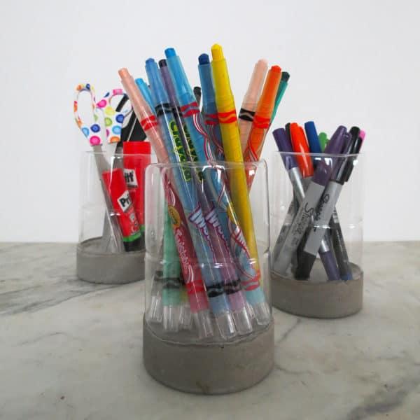 recyclart.org-a-modern-pencil-holder