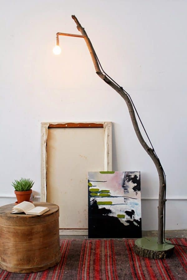 designsponge-diy-10-24-12-fallenbranchlamp-2