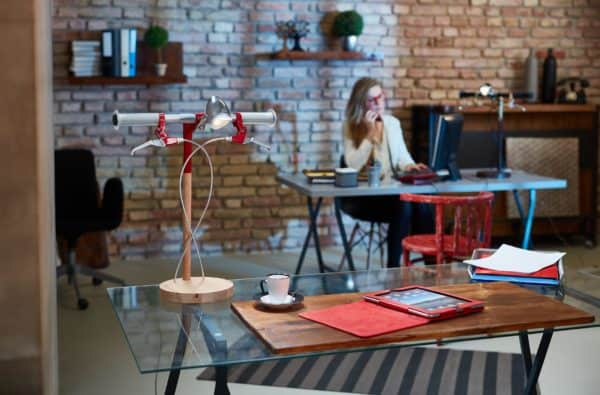 recyclart.org-bike-me-home-industrial-kid-desk-lamps-bring-cycling-obsession-to-your-desk1