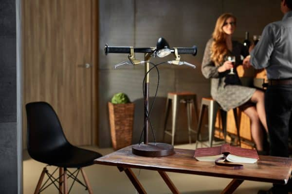 recyclart.org-bike-me-home-industrial-kid-desk-lamps-bring-cycling-obsession-to-your-desk2