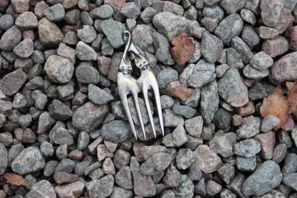 recyclart.org-fork-necklace1