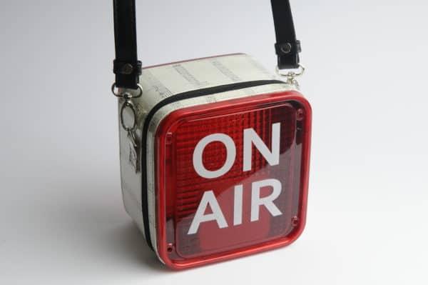 recyclart.org-on-air-women-handbag2