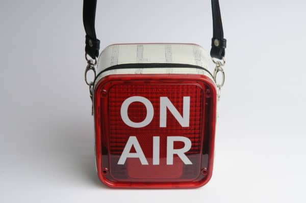 recyclart.org-on-air-women-handbag