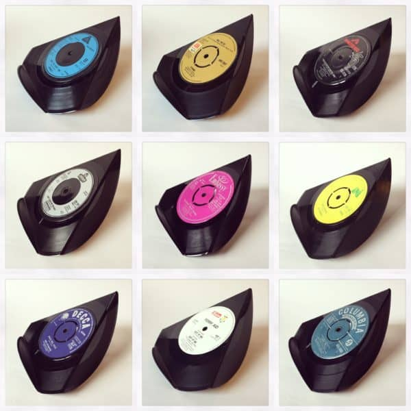 recyclart.org-upcycled-vinyl-7-single-phone-stands