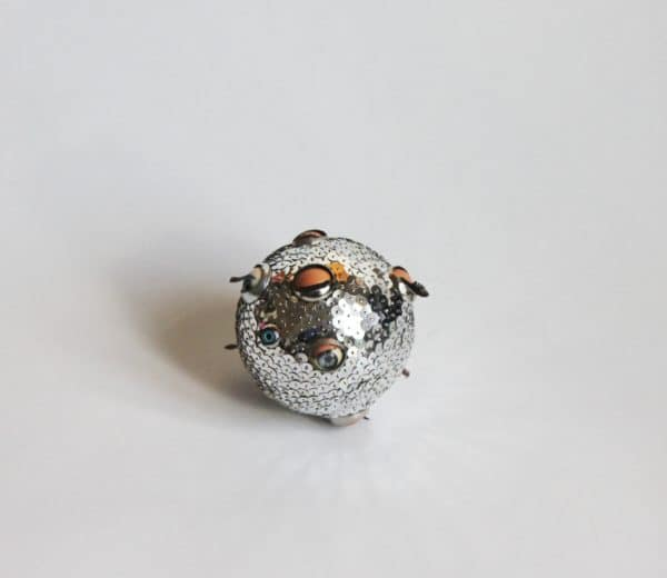 recyclart.org-eye-ball-ornament-02