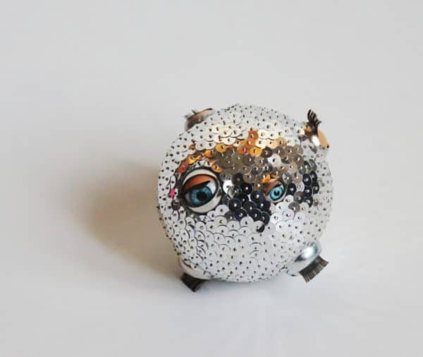 recyclart.org-eye-ball-ornament