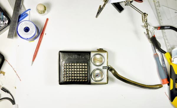 Bluetooth Speaker from an Old Radio 7 • Do-It-Yourself Ideas