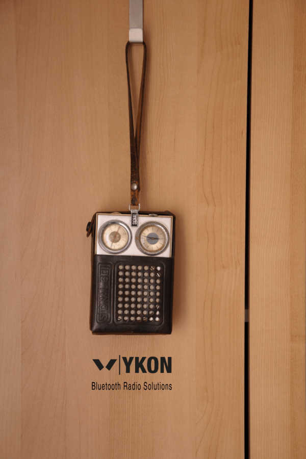 Bluetooth Speaker from an Old Radio 5 • Do-It-Yourself Ideas