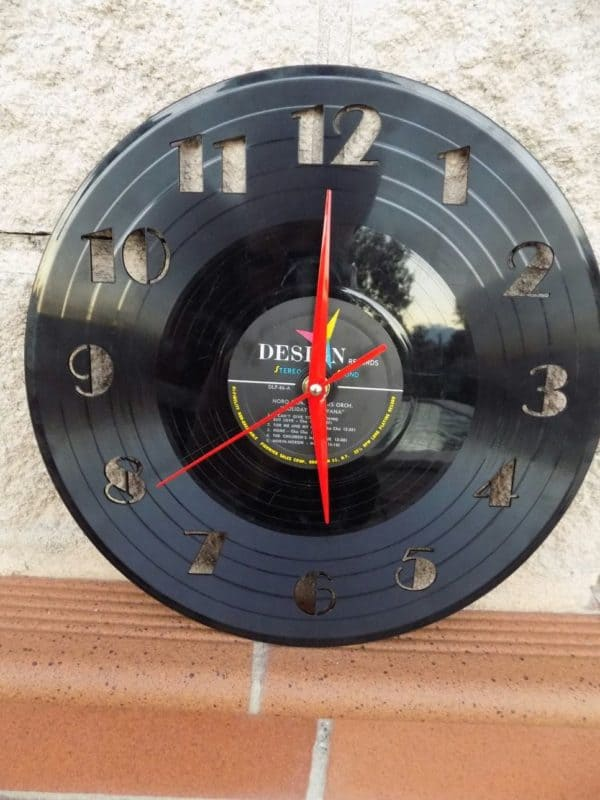 "Upcycled 12"" Vinyl Record Into Wall Clock 3 • Recycled Vinyl"
