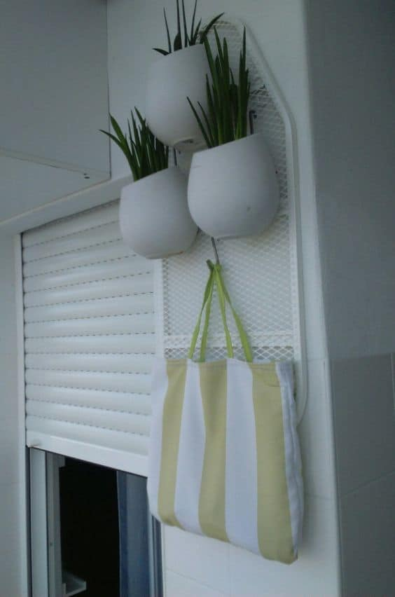 Creative Upcycled Ironing Board Plant Stand! 1 • Do-It-Yourself Ideas