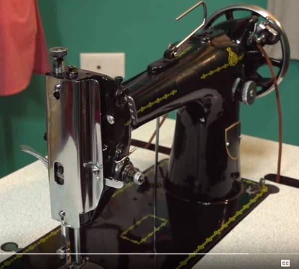 Diy Video Tutorial: Oil Your Sewing Machine Properly! 3 • Do-It-Yourself Ideas