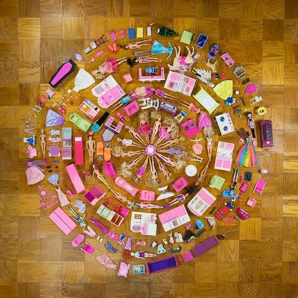 Upcycled Doll Projects this mandala makes Barbies and furniture look amazing!