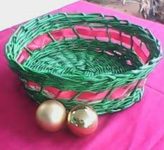 Newspapers Become Decorative Paper Baskets! 1 • Recycling Paper & Books