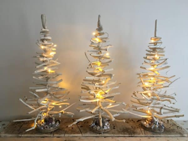 Driftwood Holiday Trees Add Natural Beauty 3 • Lamps & Lights