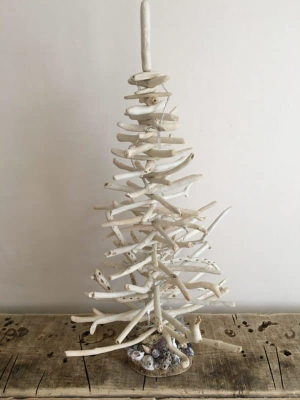 Driftwood Holiday Trees Add Natural Beauty 7 • Lamps & Lights