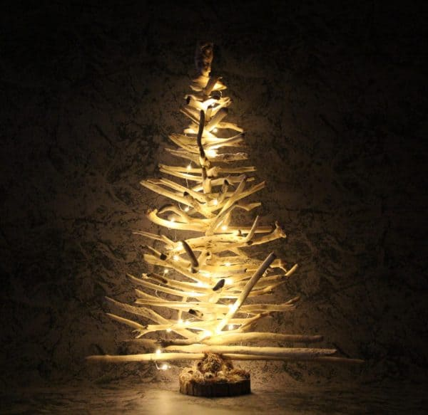 Driftwood Holiday Trees Add Natural Beauty 9 • Lamps & Lights