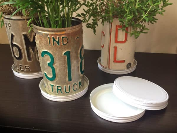 Turn Old Plates Into License Plate Planters 7 • Garden Ideas