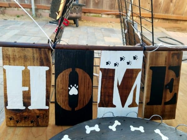 All you need are a few stencils (or hand-paint), some pallet scraps, and some creativity to make this adorable pet-themed wall art piece. Or use this technique on Upcycled Dog Beds.