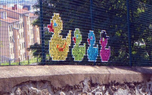 The Best of Cross-stitched Street Art 5 • Do-It-Yourself Ideas