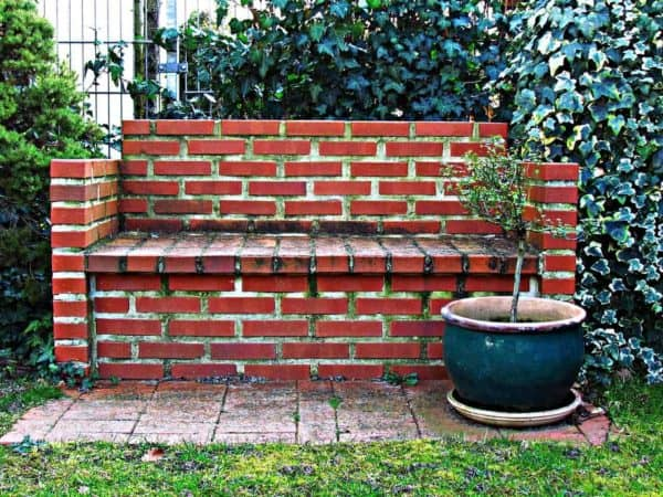 What To Do With Old Bricks? Here are 14 Ways To Reuse Them In Your Garden 3 • Garden Ideas