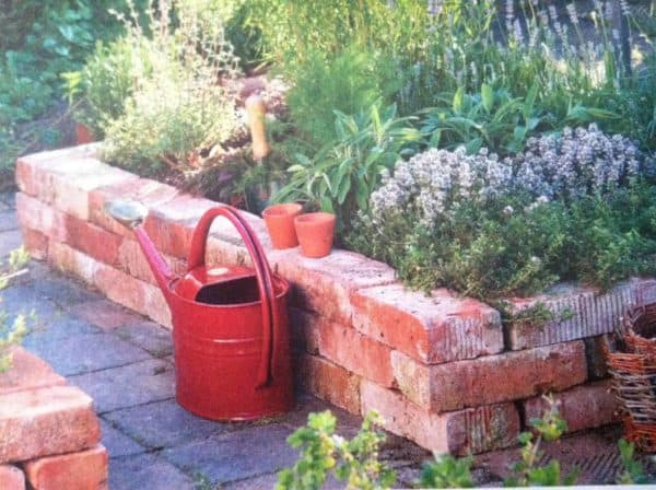 What To Do With Old Bricks? Here are 14 Ways To Reuse Them In Your Garden 21 • Garden Ideas