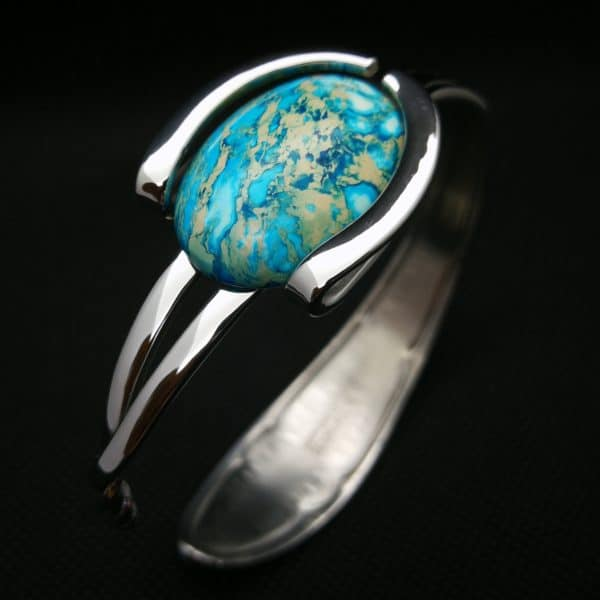 From Trash to Fashion, Upcycled Cutlery Into Jewels 5 • Upcycled Jewelry Ideas